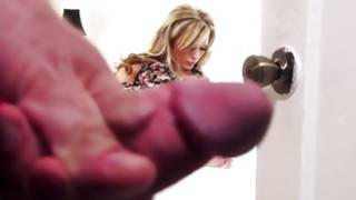 Perfect blonde woman got her screwed naughty