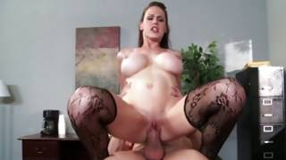 Harlot with weighty bumpers get cock in her vagina